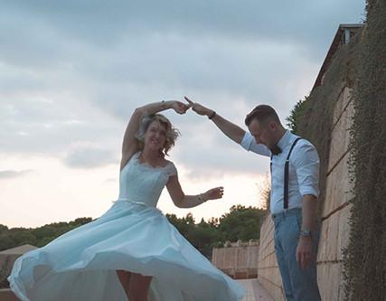 Stylish beach club wedding in Mallorca