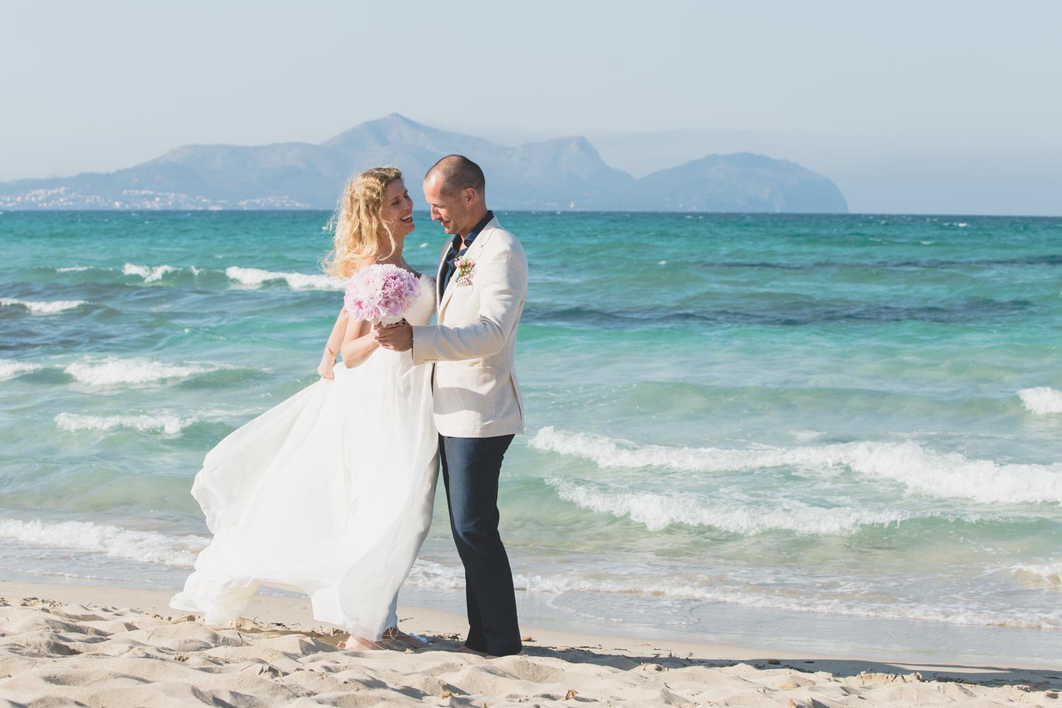Beach wedding in Mallorca