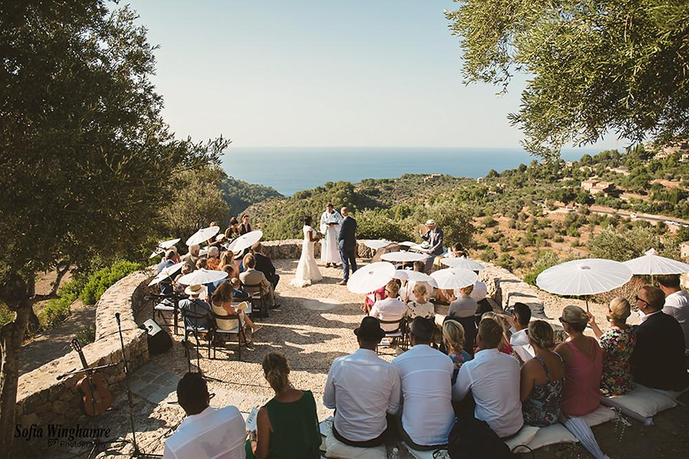 Beautiful wedding ceremony in Deia, Mallorc