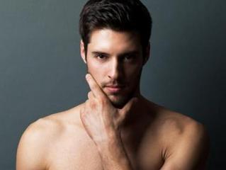 L'homme est-il aussi demandeur que la femme en matière de dermatologie esthétique ?