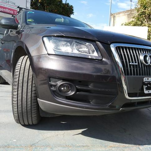 -Audi Q5-