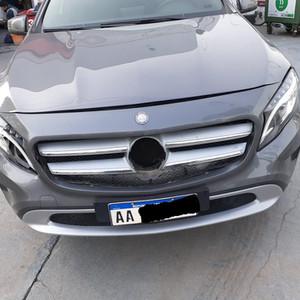-Mercedes Benz-