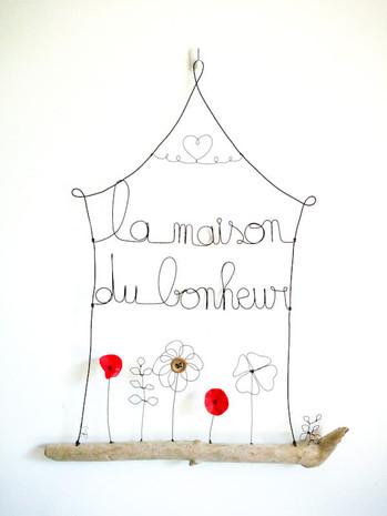 suspension la maison du bonheur avec fleurs en fil de fer