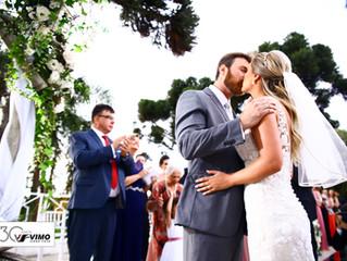 Seu casamento deve ser registrado por quem enxerga o seu amor!