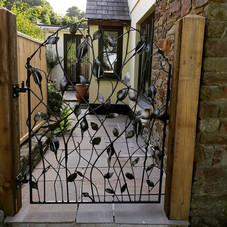 Lily Side Gate