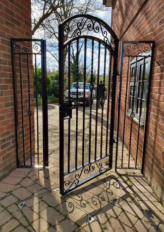 Garden Gate & Side Panels