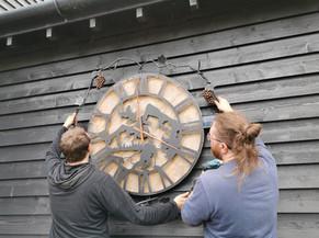Installation of an Artisan Clock