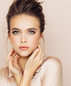 женская модель