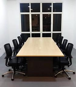 Meeting Room - 8P_edited