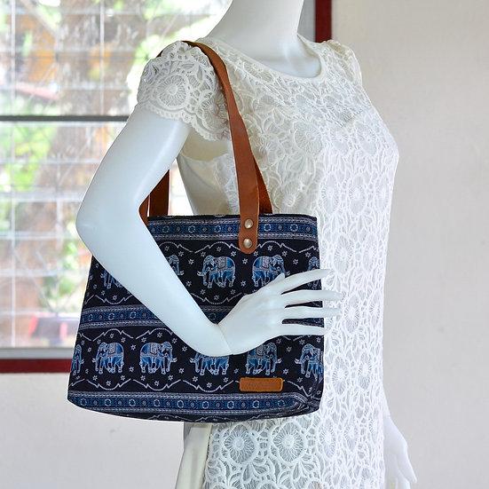 HandmadeBag ShoulderBag Tote Handbag MessengerBag EverydayCarry Black w Elephant