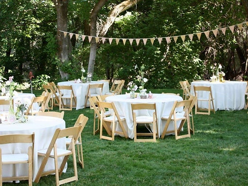 backyard wedding round.jpg