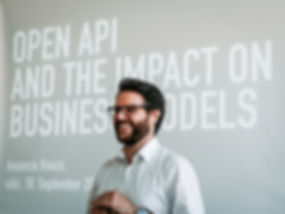 sitic_OpenAPI-BusinessModel_AXA_Winterth