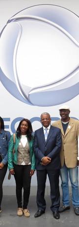 Literáfrica visita TV Record com Escritores Africanos  membros do Consulado de Angola em São Paulo