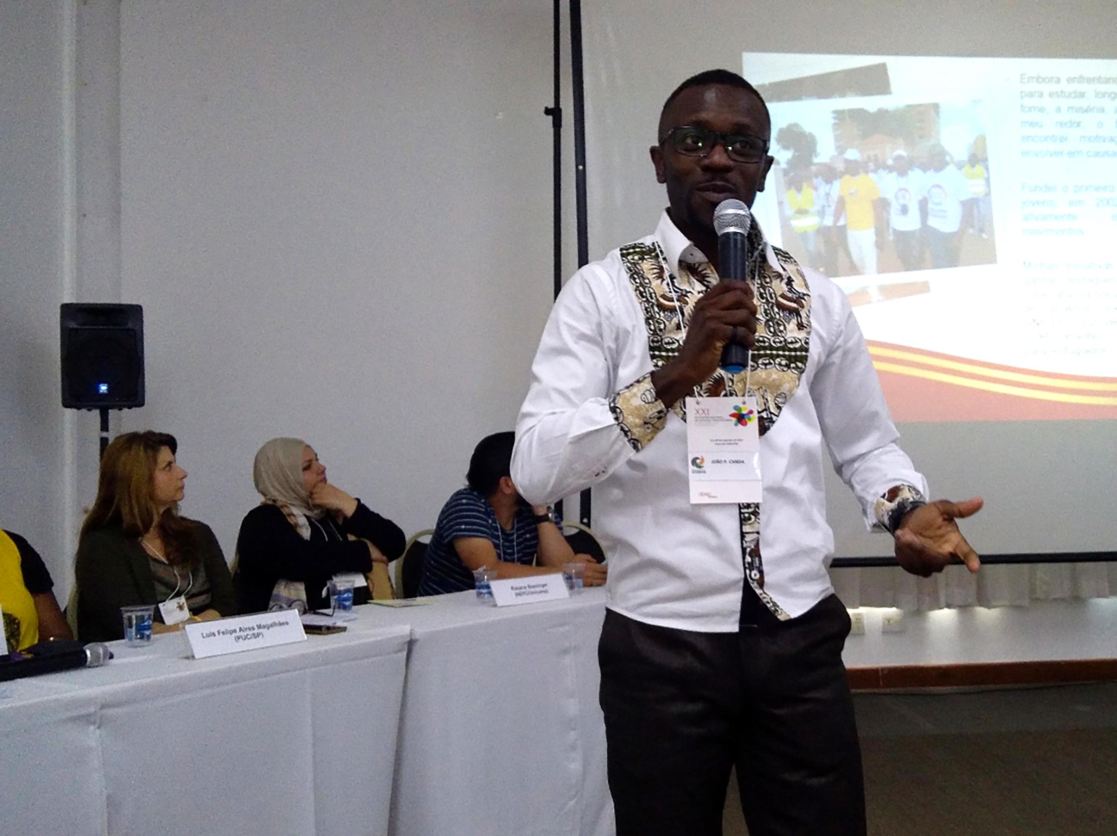 Palestrante Angolano João Canda em Poços de Caldas, MG
