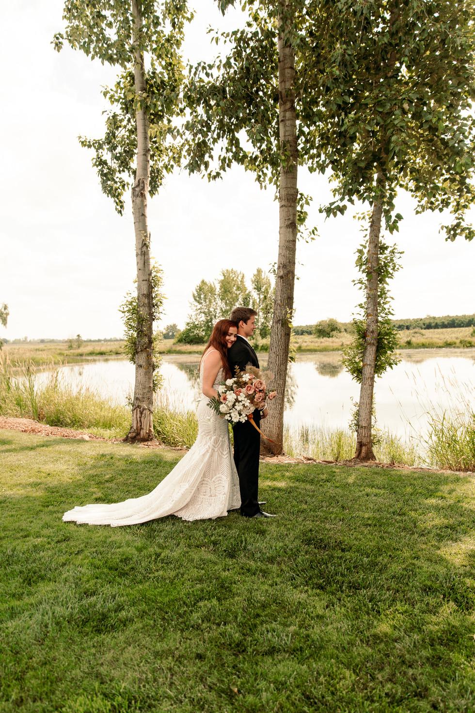 EMILY VANDEHEY PHOTOGRAPHY -- Oregon Wed