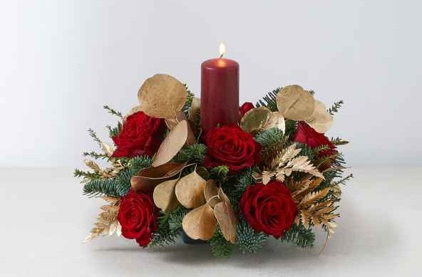 Candle table decoration red