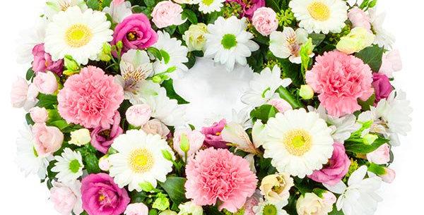 White & Pink open wreath