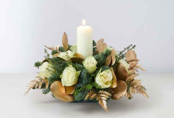 Candle table decoration white & gold