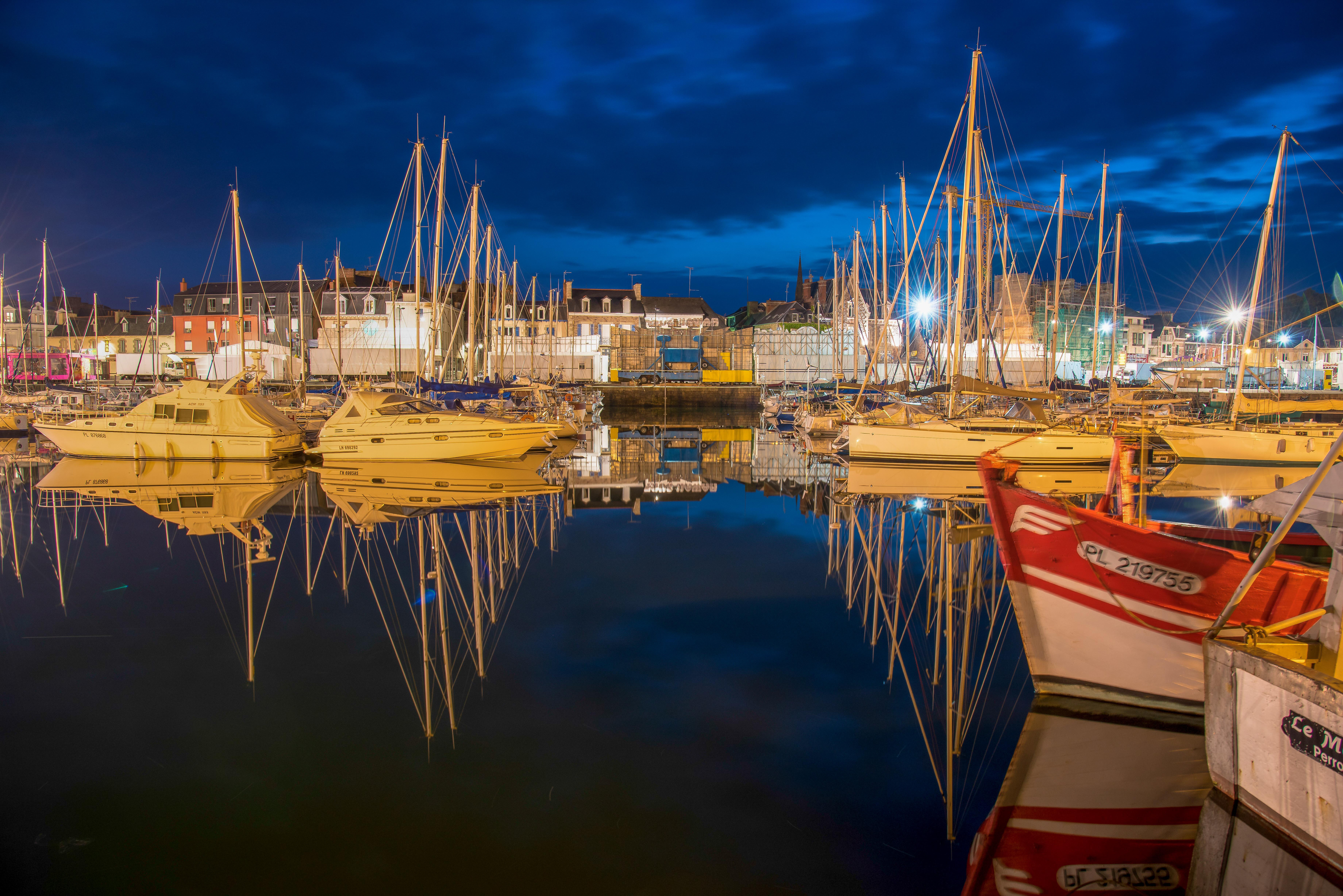Hafen bei Nacht (1 von 1)