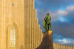 fotoreisen-world-geographic-excursions-island-reykjavik-hallgrims-kirche-ingulfur arnason-