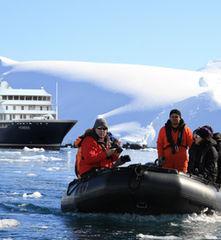 Hondius_Antarctica_landscape_©_Oceanwide