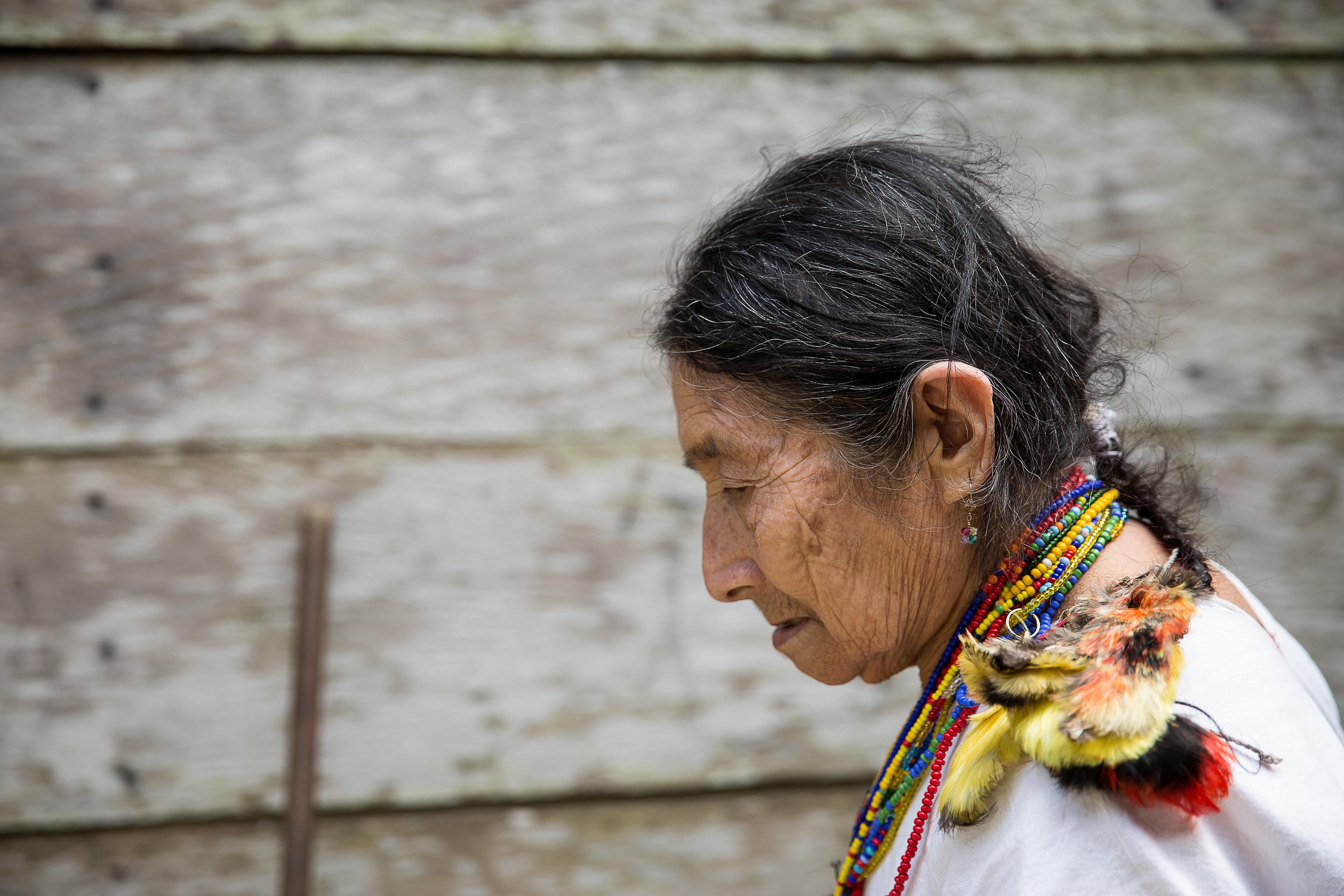 maya-lacandon-woman-chiapas-mexico-sina-