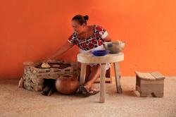 maya-woman-tortilla-mexico-sina-falker