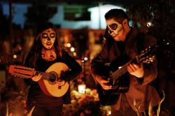 Mariachis_-_Día_de_Muertos_-_Mexiko