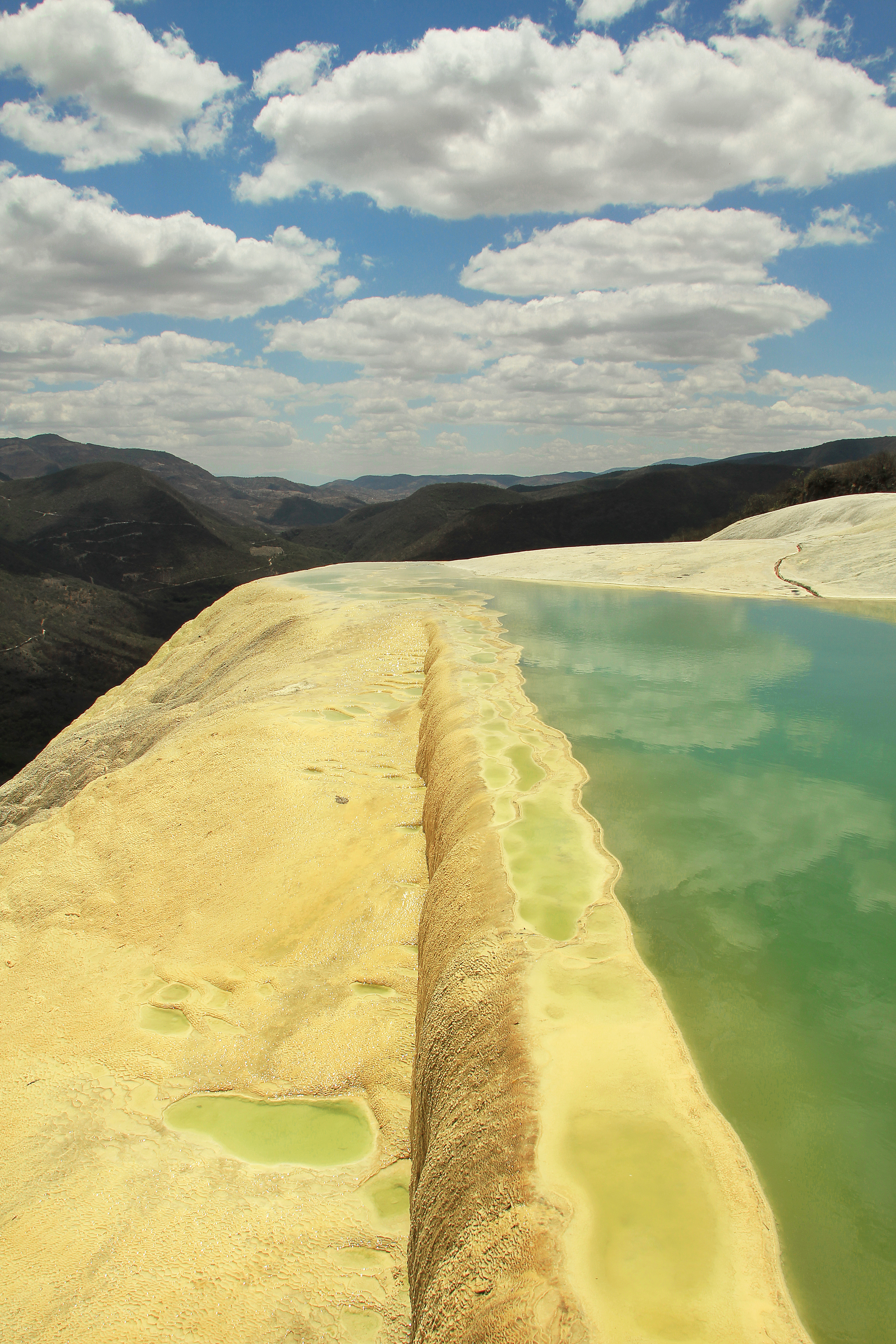 hierve-el-agua-2-oaxaca-mexico-sina-falk