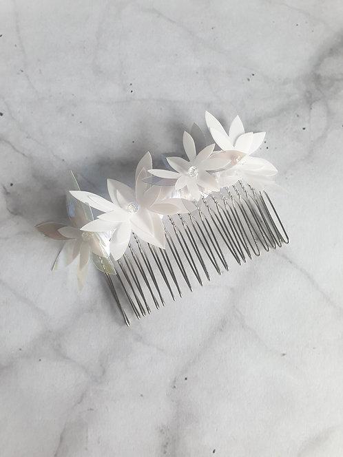 White Spangle comb