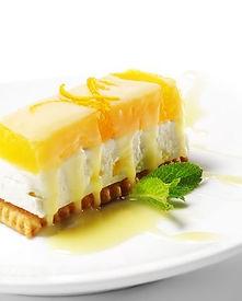 Wij zijn cateraar en maken heerlijke desserts.Wij verzorgen graag de catering voor uw borrel, feest of diner.