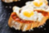 Wij zijn cateraar en maken heerlijke tapas.Wij verzorgen graag de catering voor uw borrel, feest of diner.