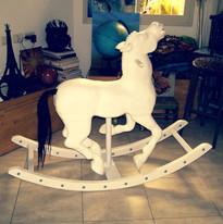 סוס נדנדה מעץ - אחרי