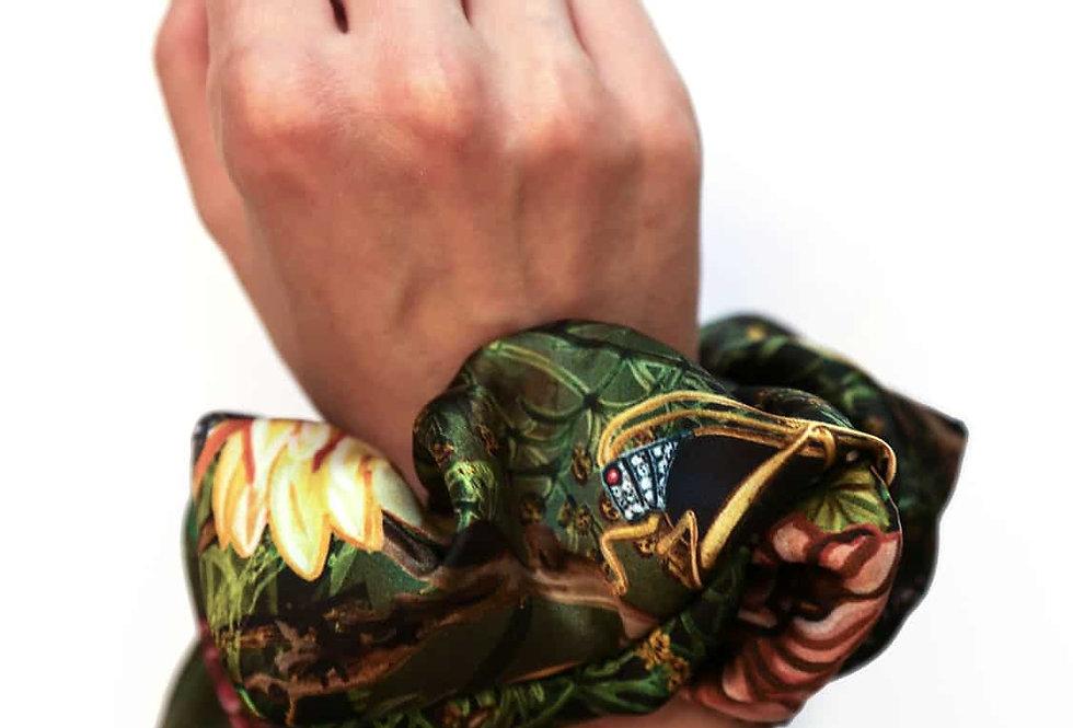 Absinth - Scrunchie aus Seidensatin