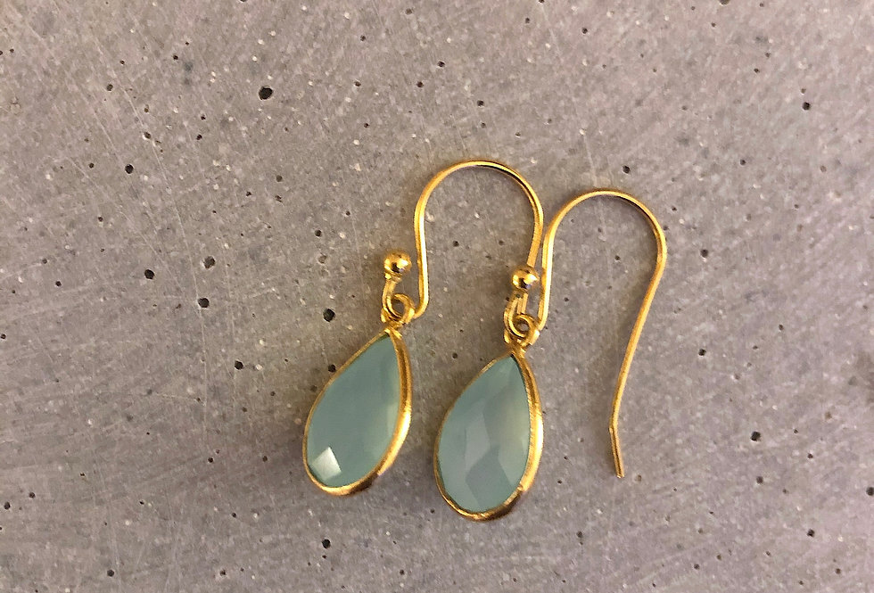 Gold Earrings with Chalcedon