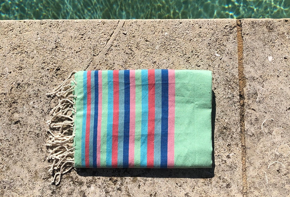 Fouta with stripes