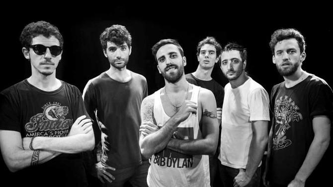 """Salta La Banca estrenó clip de su canción """"Ellos"""""""