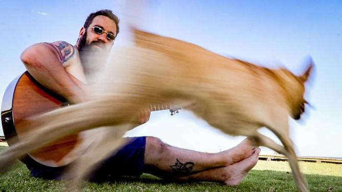 'En cuero y en patas', lo nuevo del Piti Fernández
