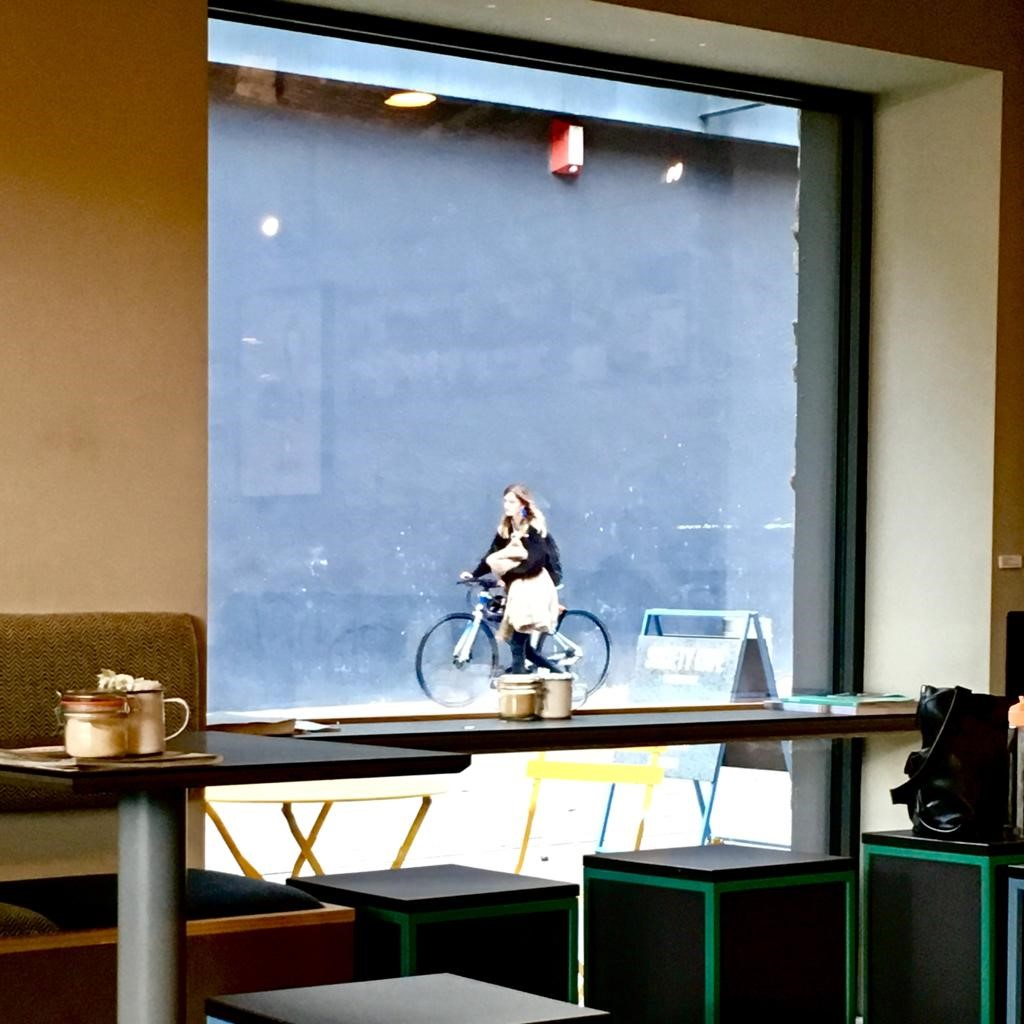cafe cyclist