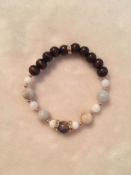 Agate and Shell Bracelet
