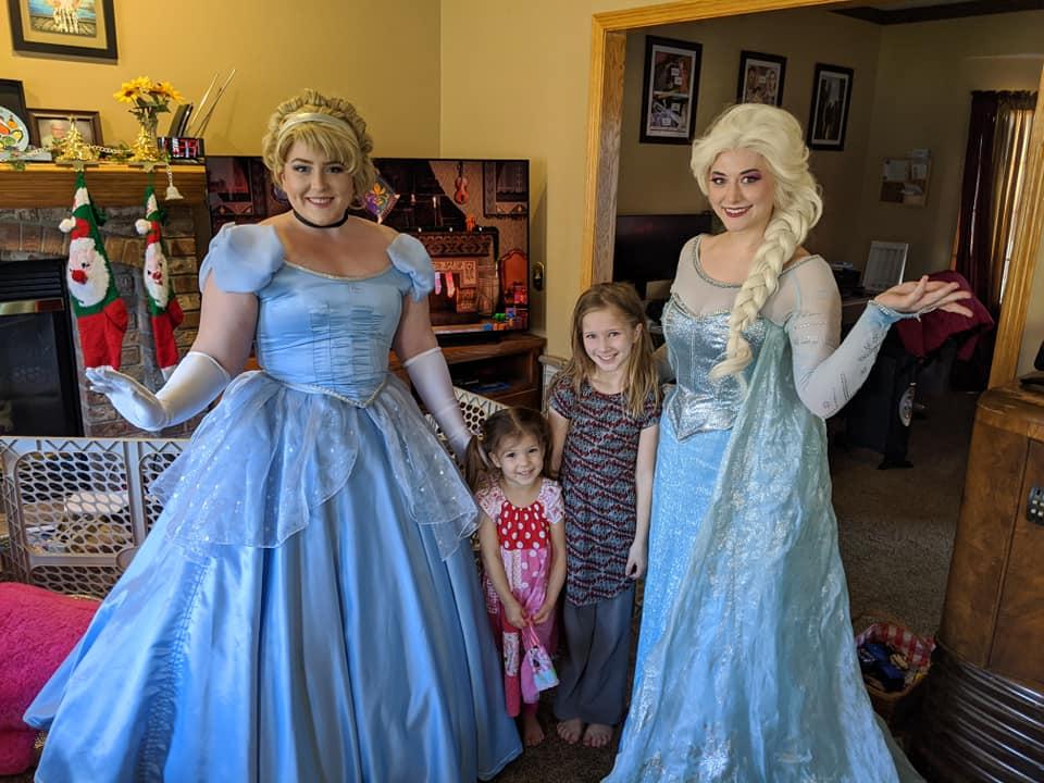 Cinderella and Elsa at Childrens Birthday Party Omaha NE