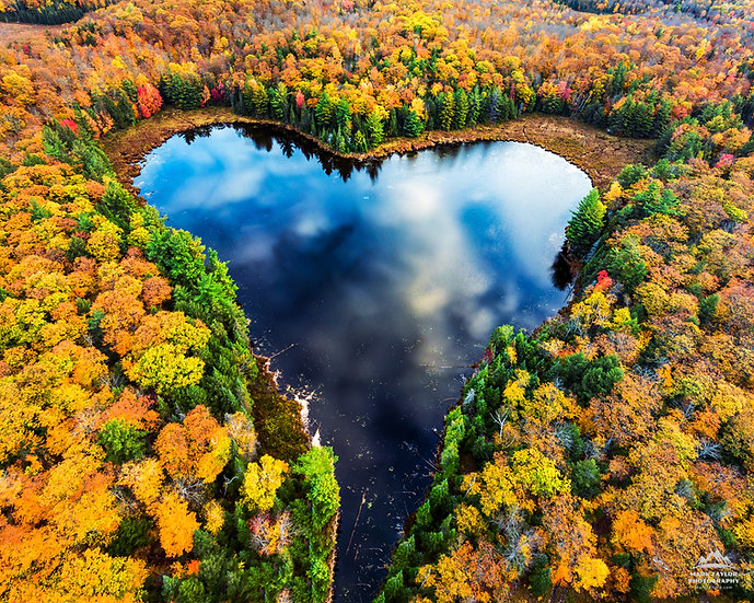 Print 3-002 - Autumn Heart Lake