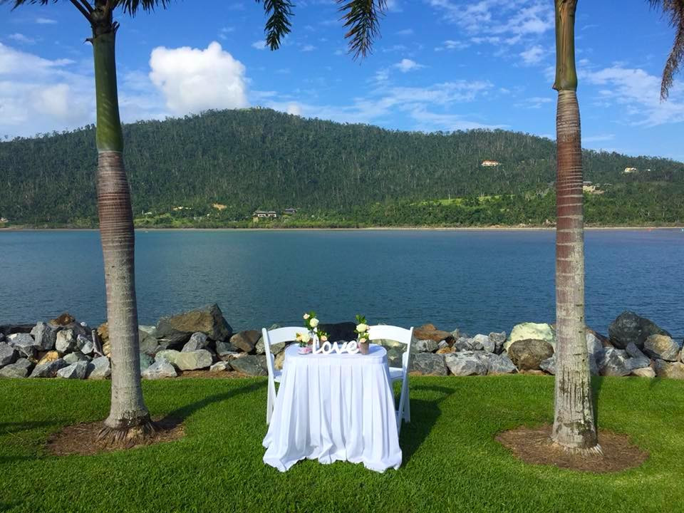 Headland-Park-Ceremony-Divine Weddings Whitsundays