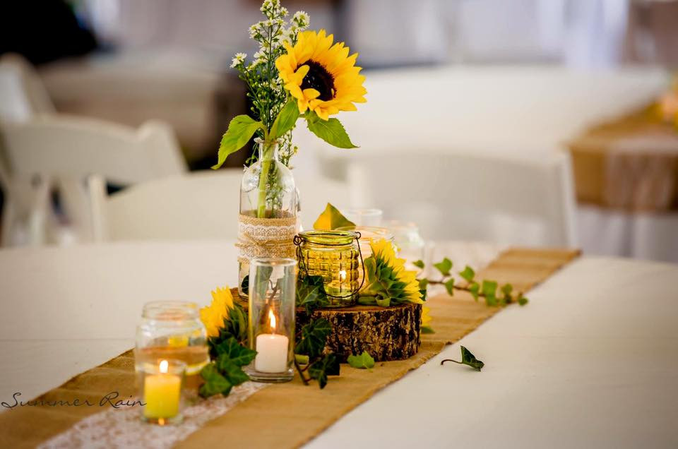 """Maisy"" Rustic Table Decor by Divine Decor Whitsundays"