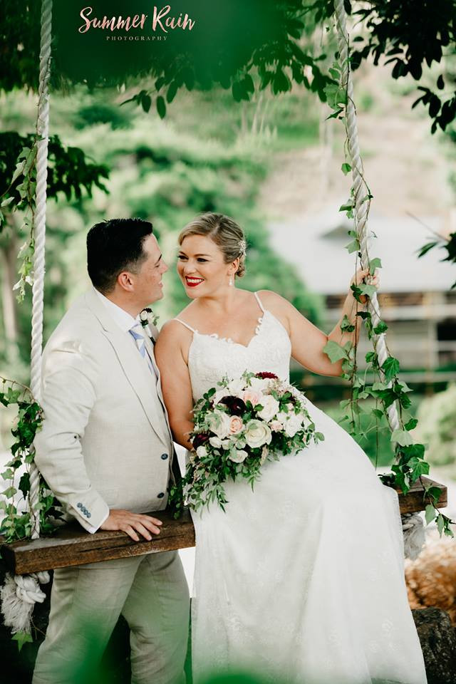 Divine Weddings - Warren and Claire Flanagan - Foliage Swing