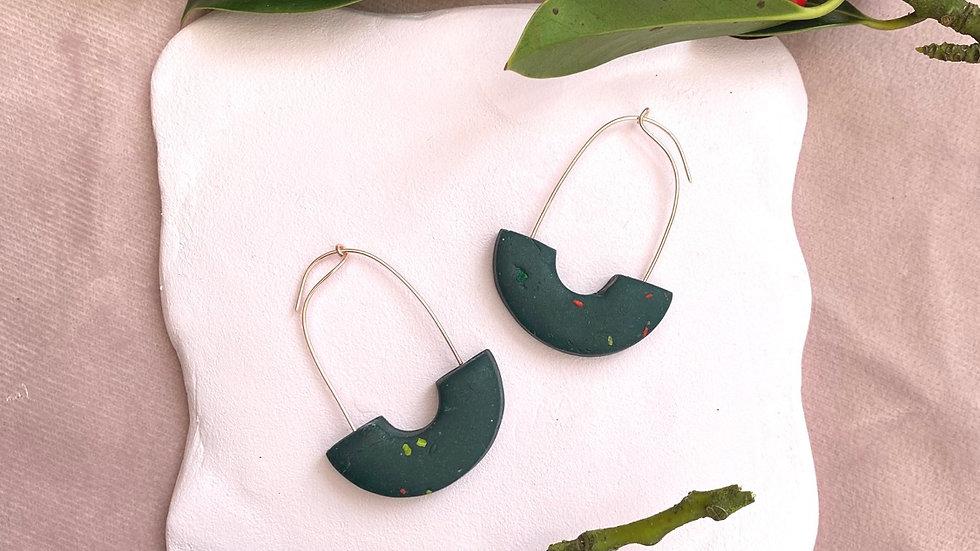 Elton arch hoop earrings