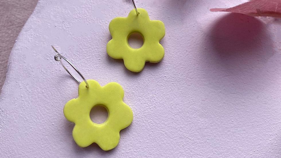 Dusty yellow Flower power hoops