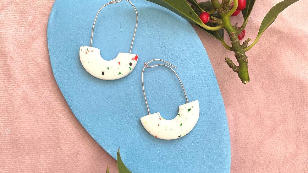 Tina arch hoop earrings
