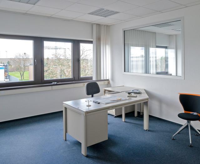 Businesscenter_Langenfeld_Beispielbüro.j