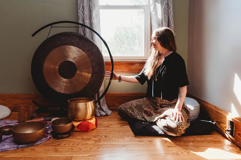 Paige Trisko sound bath Michele Zee Photography